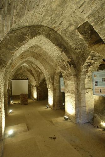 Cripta gótica de la orden de San Juan de Jerusalén.