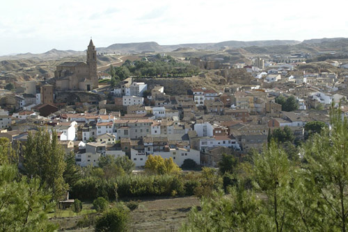 Vista general del casco urbano de Híjar.