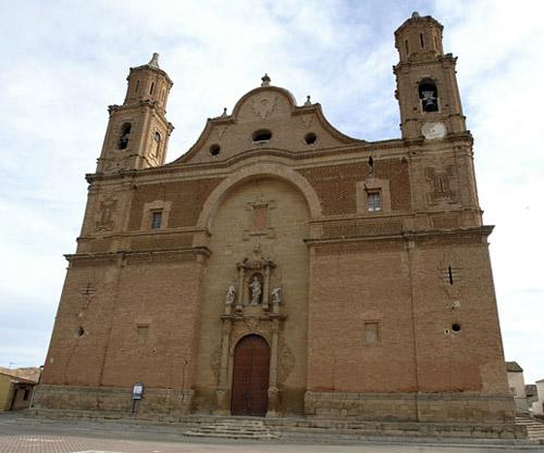 Fachada de la iglesia parroquial.