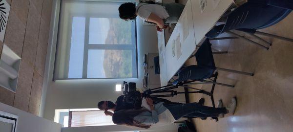Eva Pérez, psicóloga docente del taller entrevistada por 'Territorio Vivo' Aragón TV