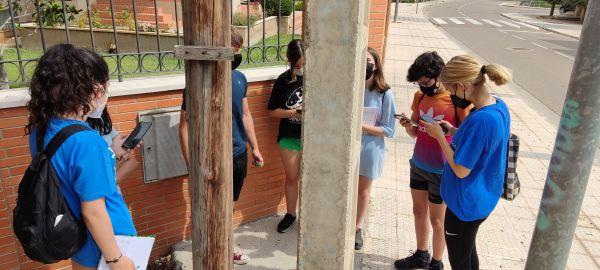 Haciendo Geocaching en La Puebla de Híjar.